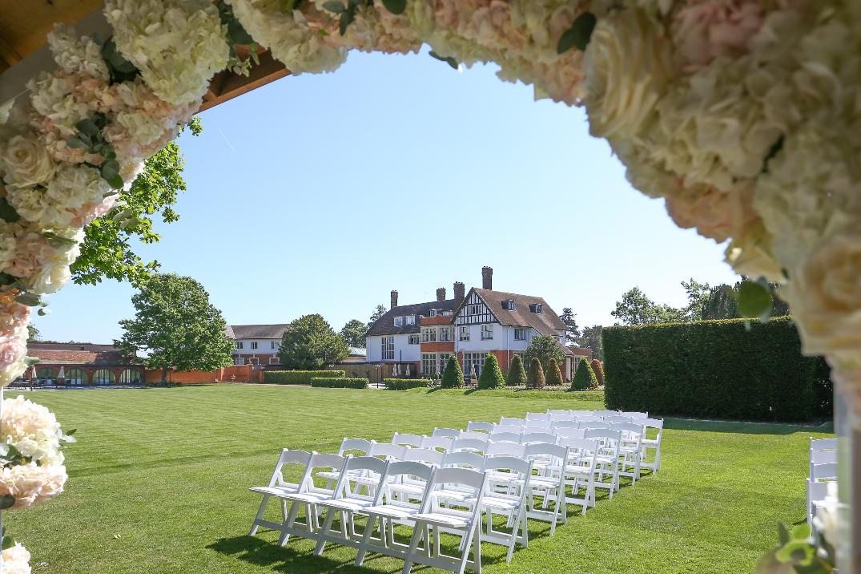 Image 2: Greenwoods Hotel & Spa Wedding Show