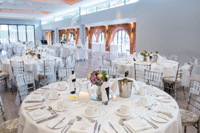 Image 4: Greenwoods Hotel & Spa Wedding Show