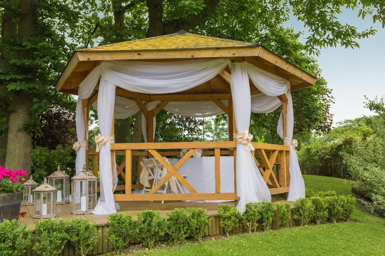 Image 2: Tudor Park Wedding Show