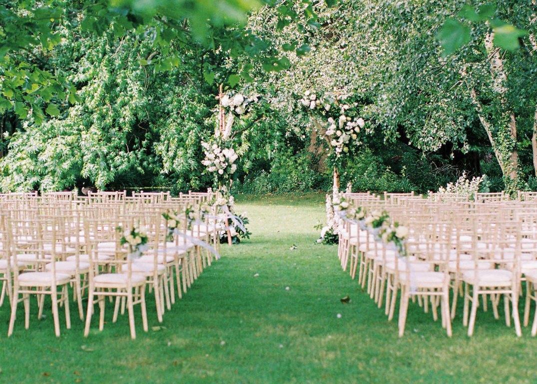 Image 1: Morden Hall Wedding Show