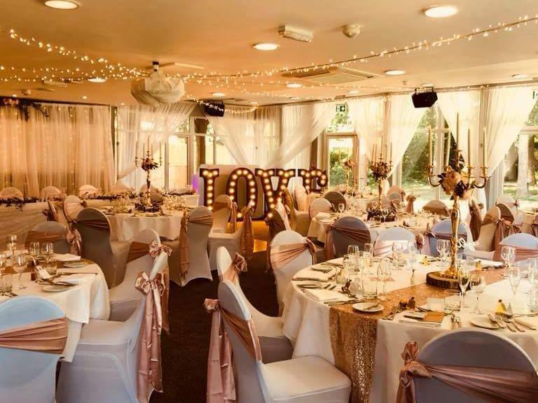 Image 4: Hever Hotel Wedding Show