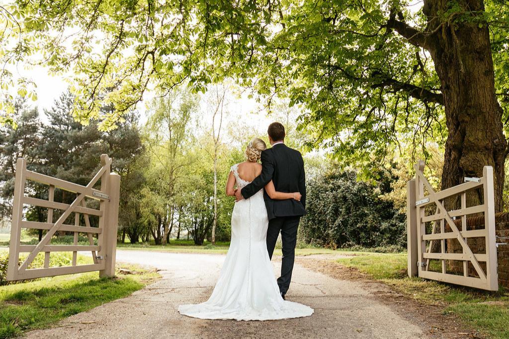 Image 4: Houchins Wedding Show