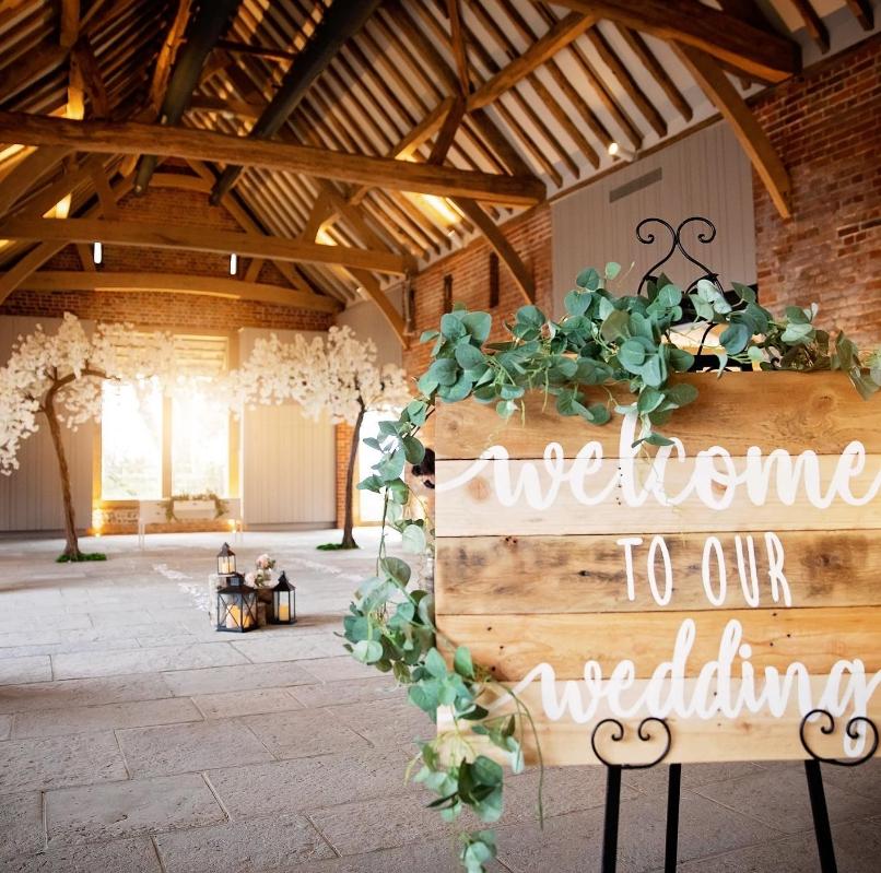 Image 3: Rackleys Chiltern Hills Wedding Show